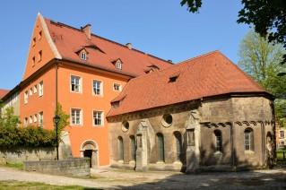 Bild: Die Abtskapelle von außen gesehen