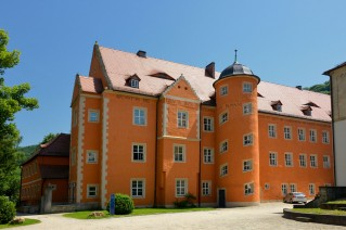 Bild: Das Fürstenhaus, eines der Internatsgebäude